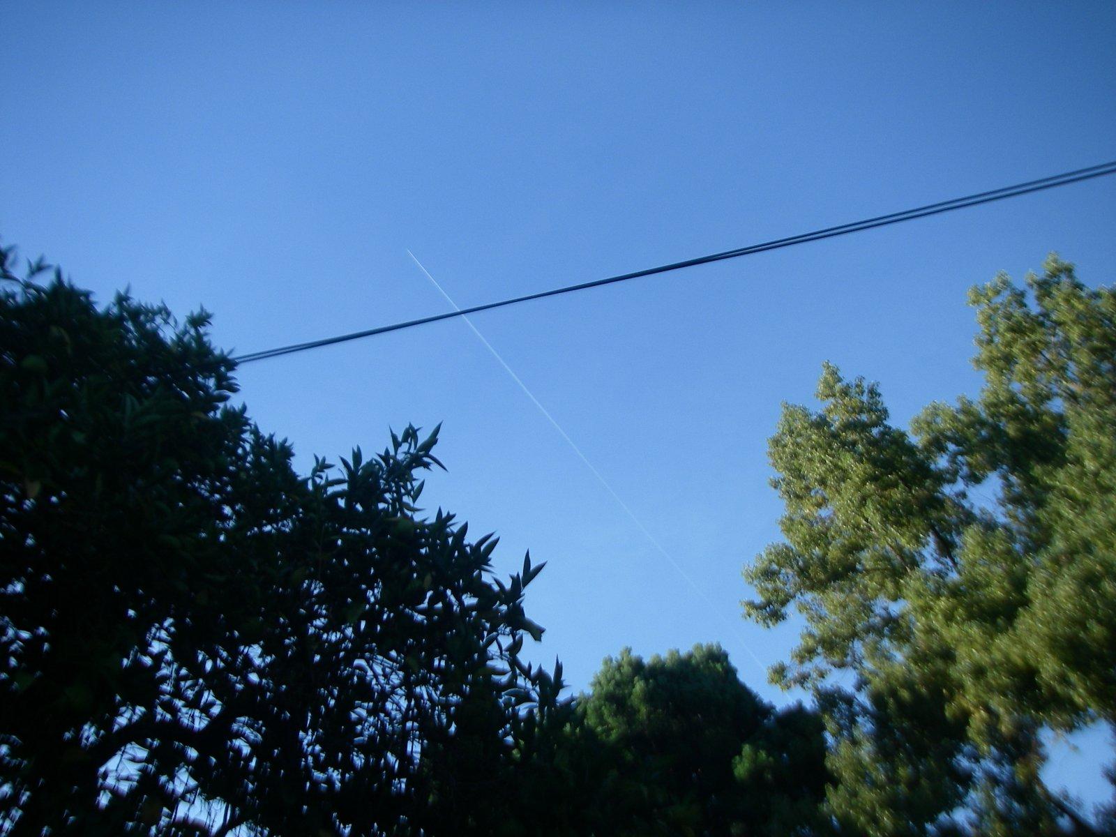 16-10-07 trail-1 0840 heading NNW over home.JPG