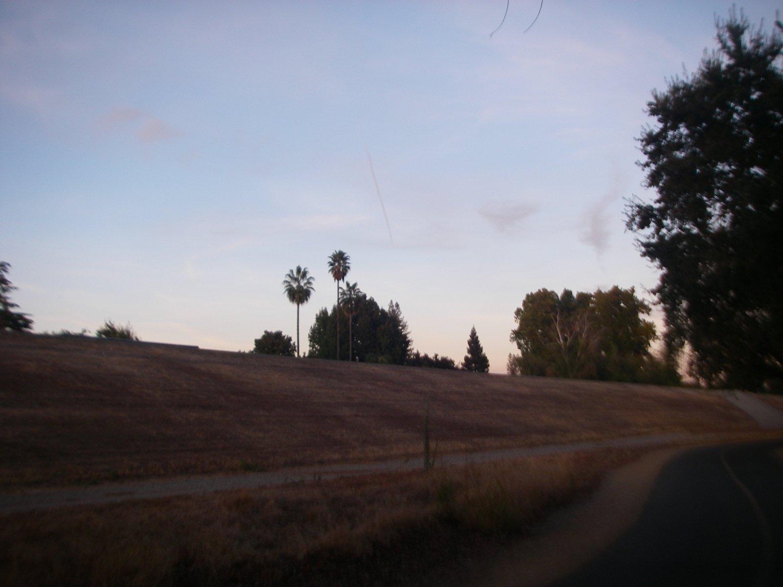 16-10-07 trail-x 1832.JPG