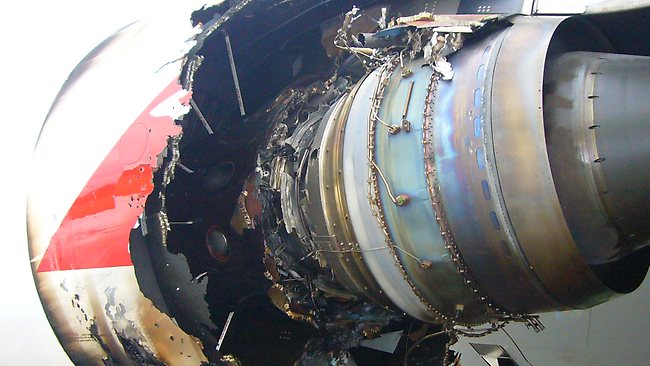 552753-damaged-qantas-engine.