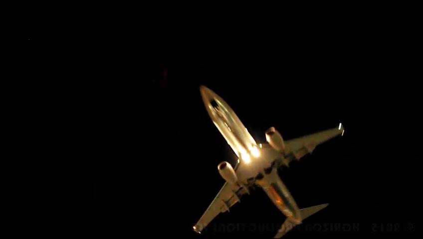 737 landing.PNG