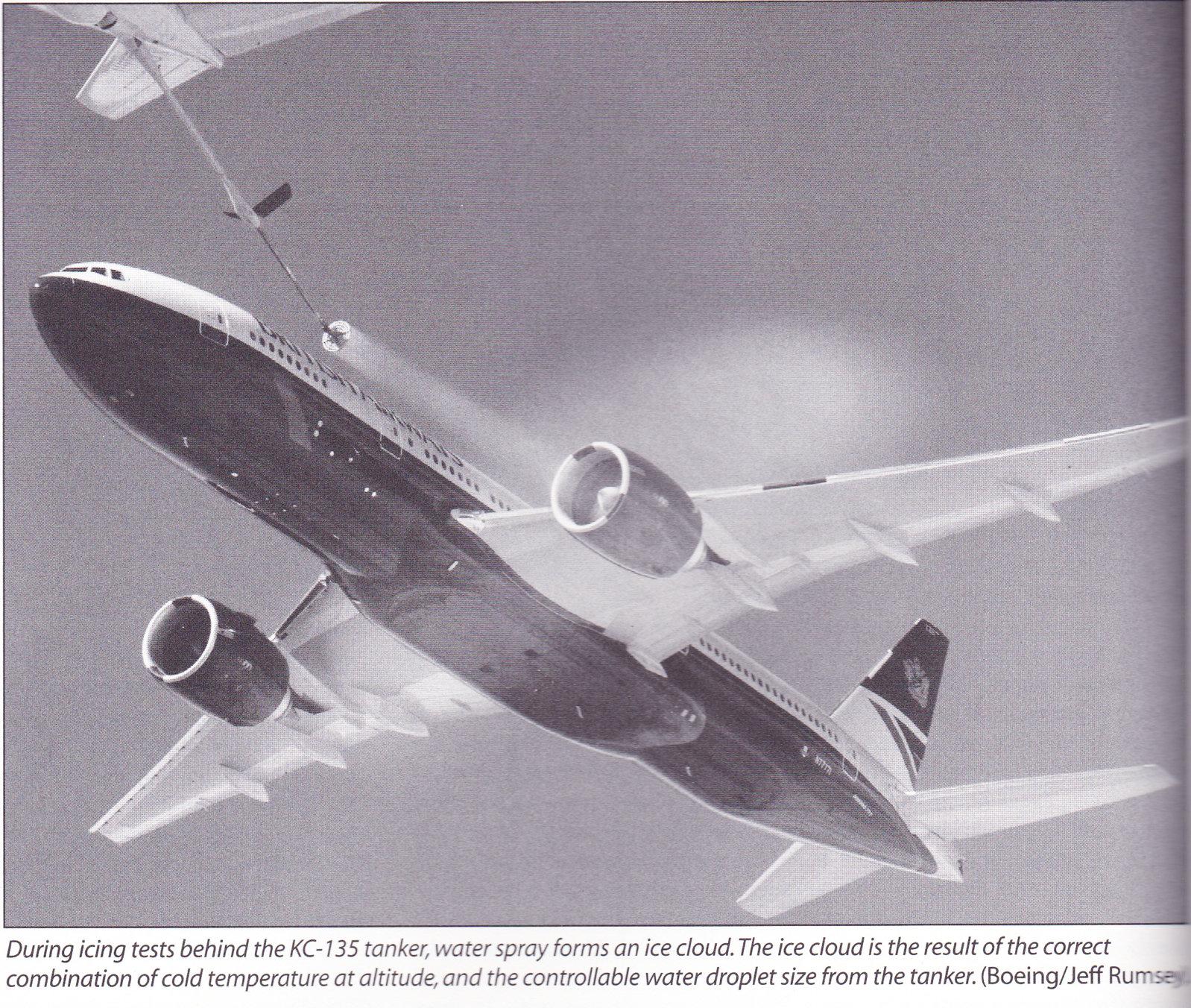 777 & 747 Books_0004.jpg