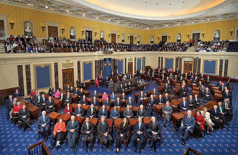 800px-111th_US_Senate_class_photo.jpg