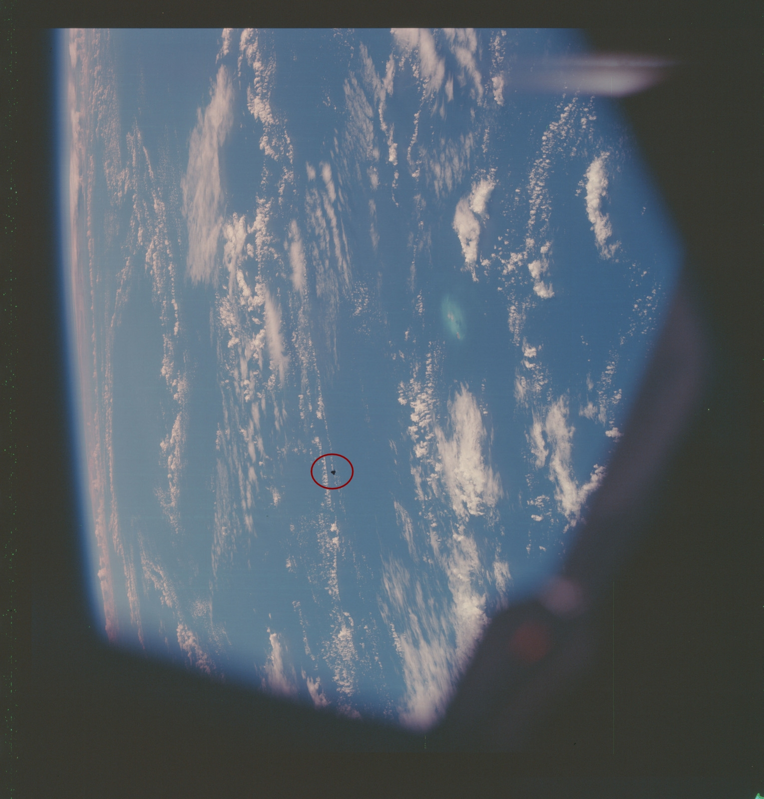 as07-07-1738-apollo-7-apollo-7-mission-gardiners-pinnacles-9838fd-1600-circled.jpg