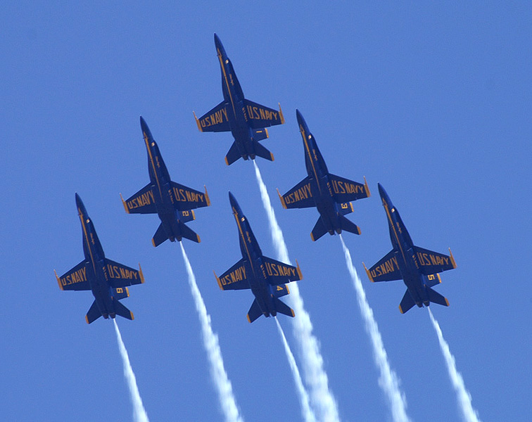 blue-angels-formation-02.