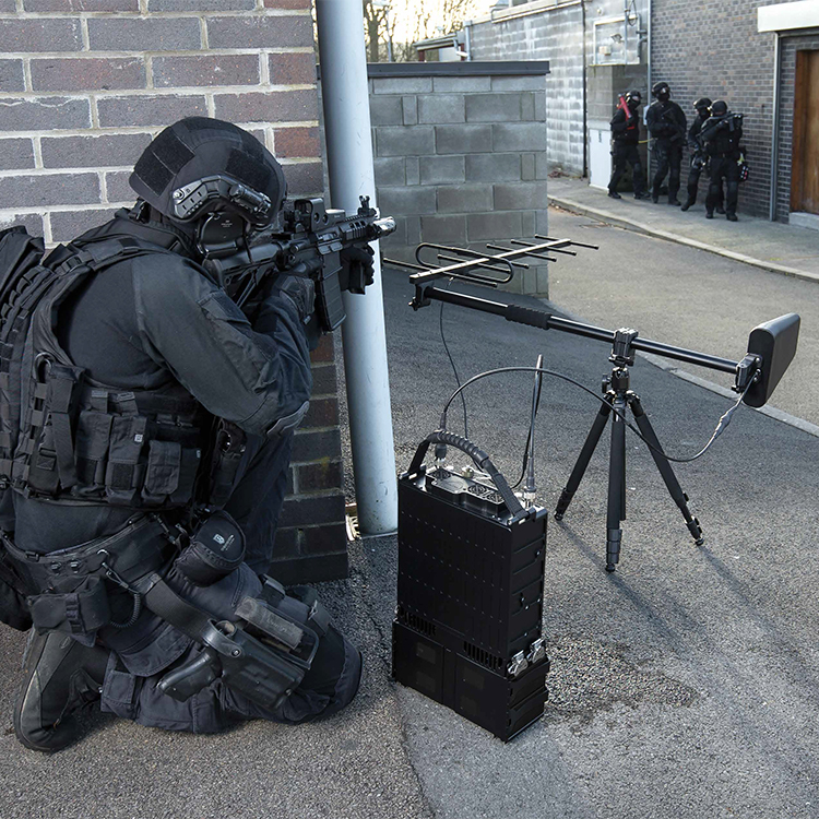 brouilleur-pour-opérations-spéciales-2-750-750-2.jpg