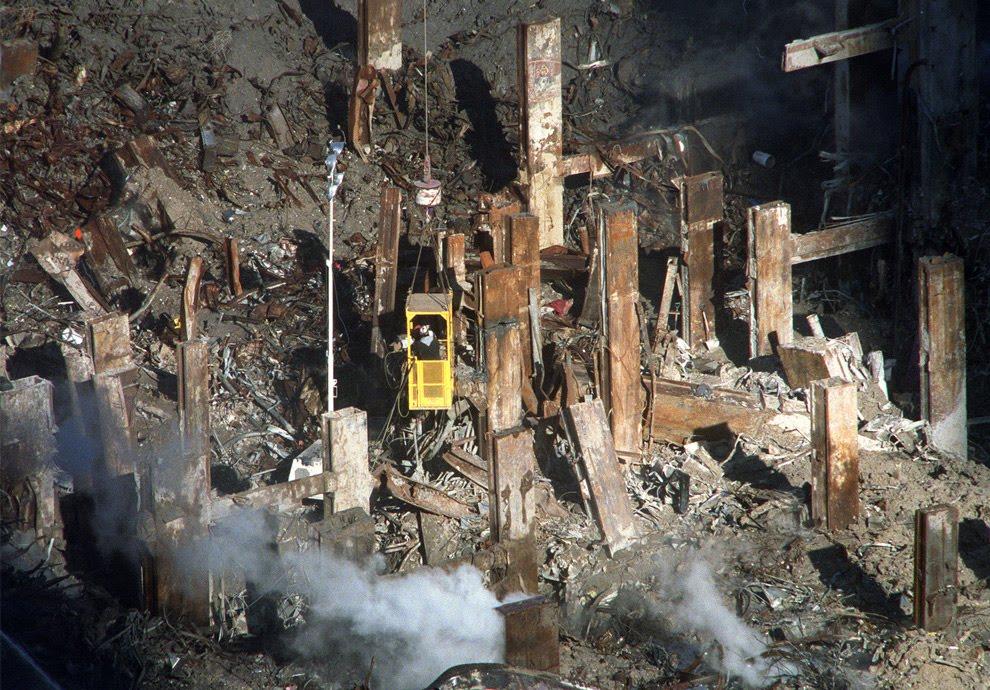 crane and ground zero Oct 21 2001 AP William C. Lopez.jpg