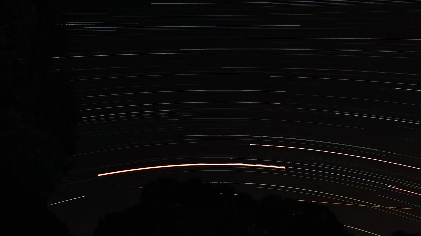 DSCN8572 Last Frame South Star Trails.jpg
