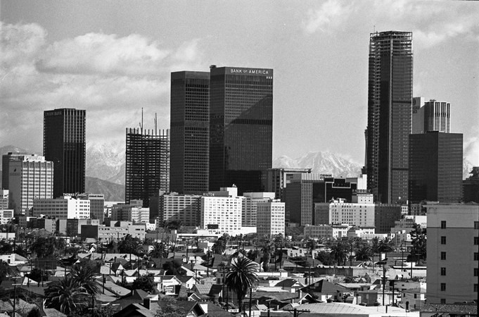 la0113skyline1973 Aon center. .jpg