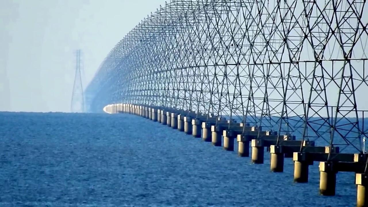 Lake Ponchartrain Power Lines.jpg