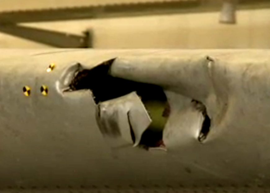 mh17-left-wing-damage-hall.png