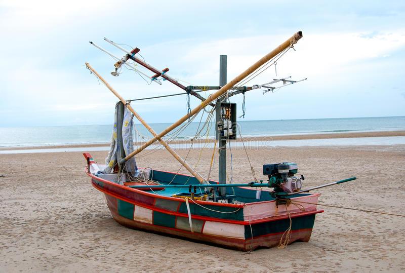 squid-fishing-boat-27750406.jpg