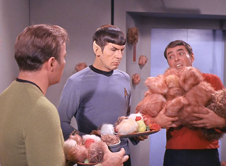 TOS_2x13_TheTroubleWithTribbles0358.