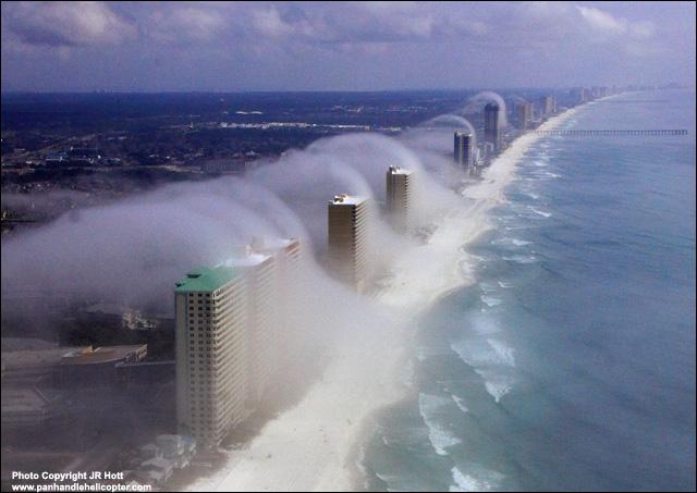 explained alicante cloud engulfs beachside hotels. Black Bedroom Furniture Sets. Home Design Ideas