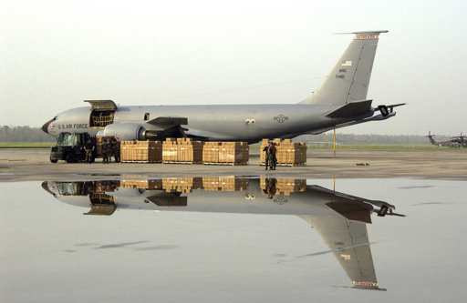 t259349_1024px-KC-135R_Nebraska_ANG_at_New_Orlea.JPEG