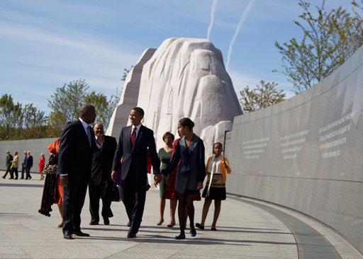 Obama-MLK-memorial.jpg