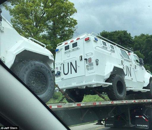 UN Trucks 1.jpg
