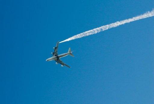vol-paris-mexico-atterrissage-d-urgence-a-brest_2598151_660x447p.JPG
